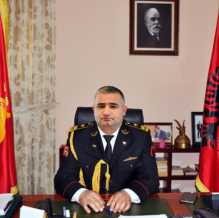 Komandanti