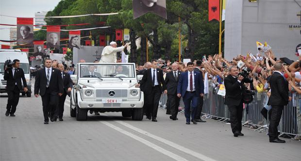 Vizita e Papa Françeskut në Shqipëri ok