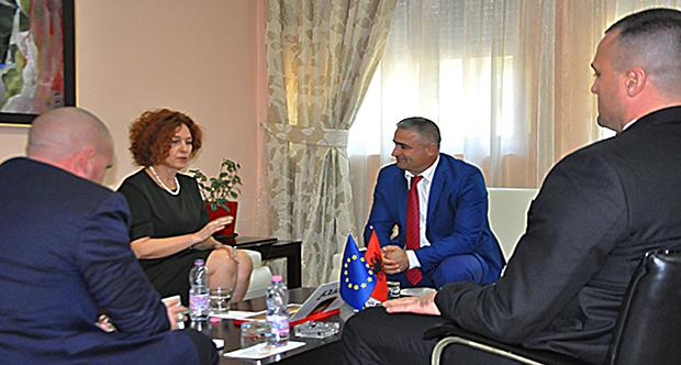 Ambasadorja e BE-së në Gardë
