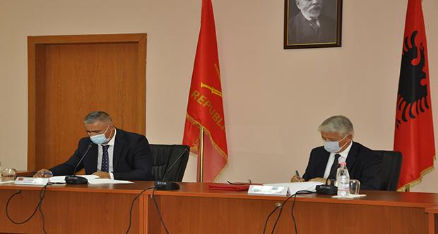 Takimi i Ministrit të Brendshëm me drejtuesit e Gardës