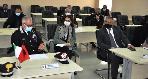 Delegacioni i Karabinierisë Italiane në Gardë
